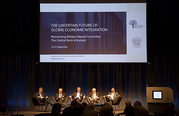 Mynd frá ráðstefnunni ,,The uncertain future of global economic integration''